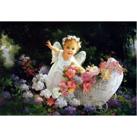 Алмазная вышивка Ангелочек с цветами