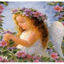 Ангелок в цветах