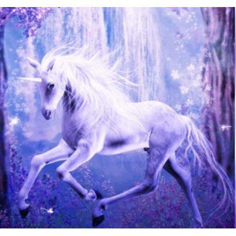 Алмазная вышивка Единорог в волшебном лесу