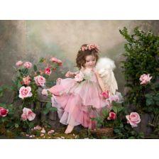 Ангел в розах