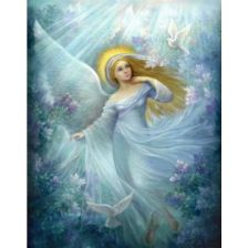 Ангел в сиянии лунного света