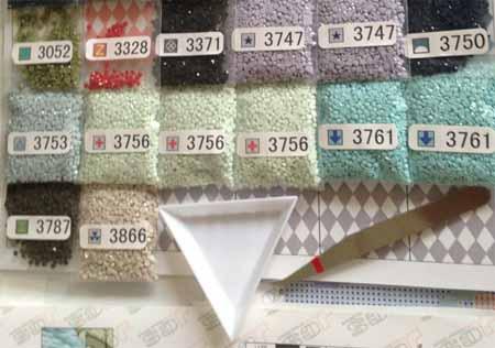 Контейнер для алмазной вышивки